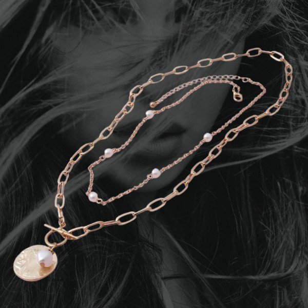 Women's jewelry - Pendant in Gold color with Coin and stimulated pearls - Megadealsweek - Yem Deal